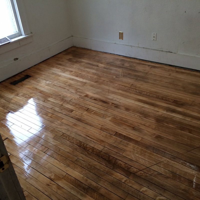 Hardwood Floor Refinish In An Old House In North